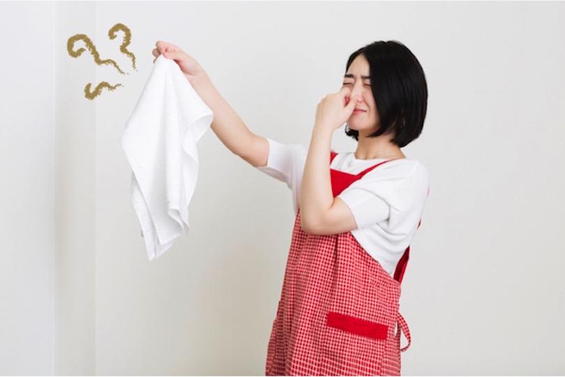 部屋干ししたタオルのイヤ〜な臭い、解消する方法を洗濯マスターに訊いた!