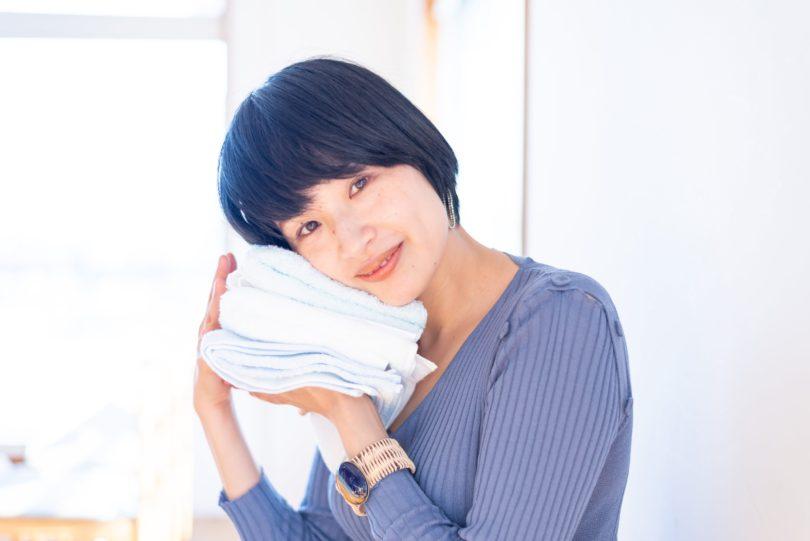 【タオルと私】『美容は自尊心の筋トレ』著者・長田杏奈さんが考える「健やかな美容」とは?
