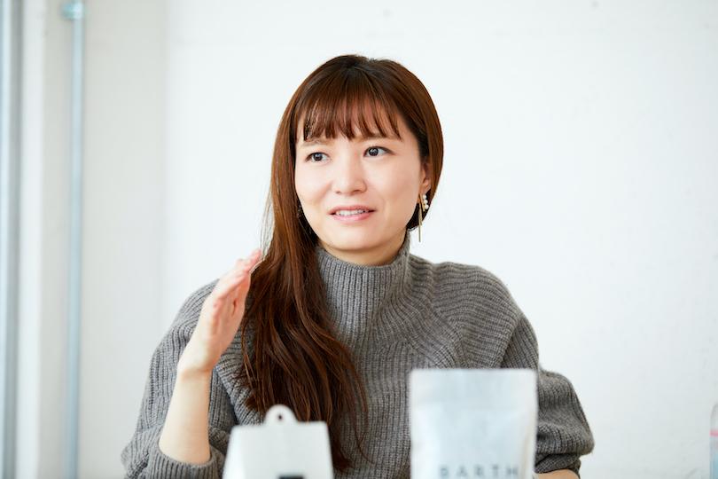 ウェルネスを軸としたブランドを展開するTWOにて、マーケティングやPRを担当する武田瞳さん
